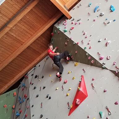 Thomas Fiener Klettern.jpg